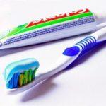 zub-toothbrush-685326__180